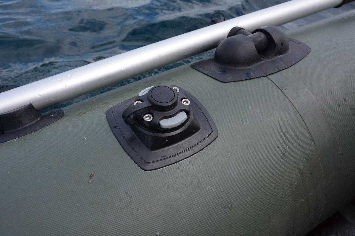 Platforma montażowa PVC klejona do powierzchni dmuchanych Mp224